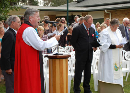 The Very Reverend David Moxon, Archbishop of New Zealand, gives his blessing