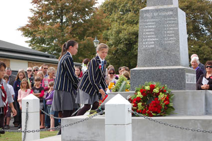 Southwell students pay their respects